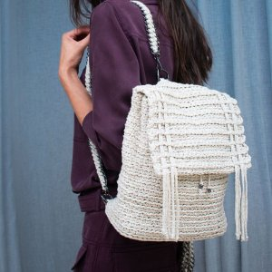 MOCHILA DE CROCHET OFF WHITE