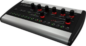 MIXER DIGITAL BEHRINGER POWERPLAY P16M 16 CANAIS