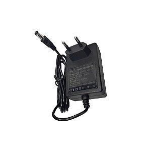 Fonte MXT Chaveada Para Pedal 9V 2A 18W P4