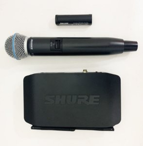 Sistema Shure Vocal s/Fio Digital GLXD24BR/B58A MOSTRUÁRIO