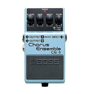 Pedal de Efeito Boss para Guitarra Chorus CE-5