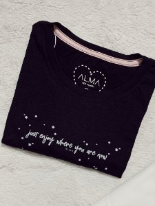 T-Shirt Just Enjoy Where You Are Now