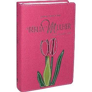 Bíblia da Mulher - Grande - Capa Rosa Com Flor Costurada