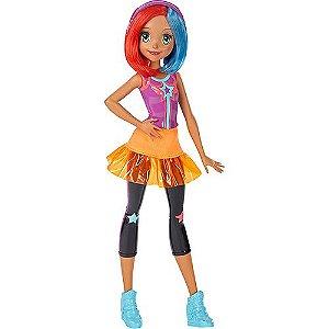 Boneca Barbie Amigas Vídeo Game Hero Óculos e Cabelo Rosa - Mattel