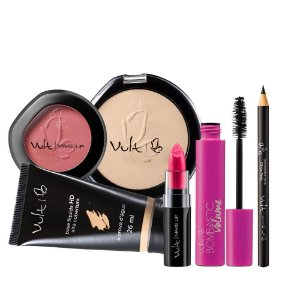 Base B25 Po 02 Mascara Bombastic Blush 04 Lapis de Olho e Batom 37 Vult Make Up