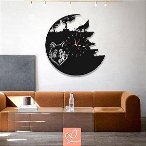 Relógio em Madeira Lobo Preto
