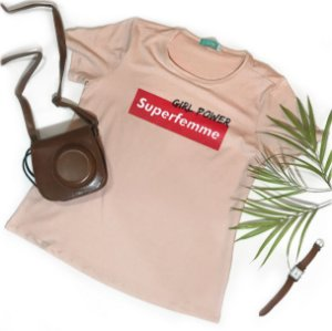 T-shirt Superfemme