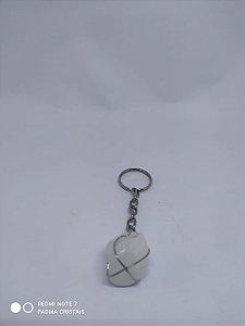 Lindos chaveiros em Pedra / Cristal 100PCento  Natural e Verdadeira! Quartzo Branco Rolado
