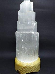 Luminária de Selenita com Base de Madeira - 24 Centímetros (Tamanho da Selenita 20 CM)