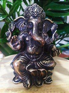 Estatueta de Ganesha na Flor de Lótus para Decoração em Arte Barroca - Toda feita a mão
