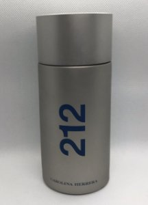 Carolina Herrera 212 Men - Com 130 ml (Frasco de 200 ml)