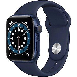 Apple Watch Series 6 (GPS) 40mm caixa azul de alumínio com pulseira esportiva marinho-escuro