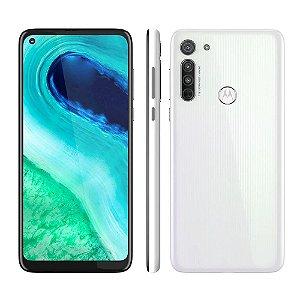 """Smartphone Motorola Moto G8 Branco Prisma 64GB, Tela de 6.4"""" HD+, Câmera Traseira Tripla, Android 10 e Processador Qualcomm Octa-Core"""