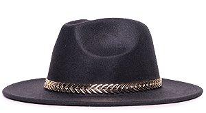 Chapéu Fedora Preto Aba Média Reta 7cm Faixa Dourada - Coleção Metalizada