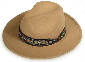 Chapéu Fedora Bege Faixa Incas Aba Reta 8cm