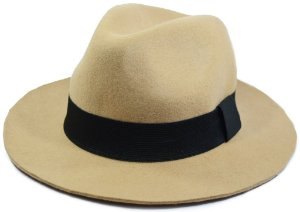 Chapéu Fedora Feltro Bege Liso Aba 5cm Faixa Preta