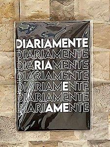 Placa Decorativa para Parede - Diariamente, Ria e Ame