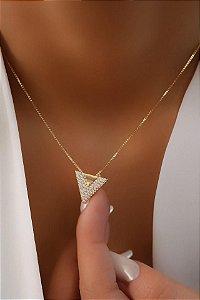 Colar Banhado ouro 18k Triângulo Cravejado