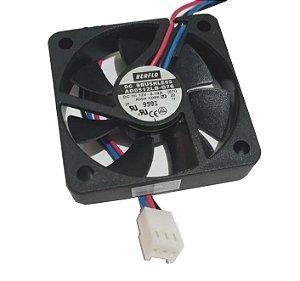 Cooler 50x50x10 12v Rolamento 0.10 AMP - 1.20 WATTS - 3700 RPM - 9.0 CFM 20,0 DB(A) - BERFLO