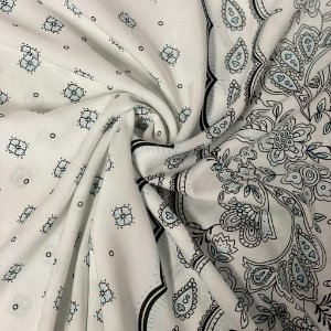 Viscose Estampada Barrada Ornamentada