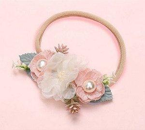 Tiara elastica com rosas e perolas