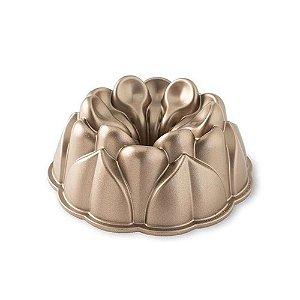Forma Para Bolo Nordic Ware Magnólia Pan
