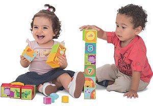 Brinquedo Didático Cubinho Empilhável 5 x 1