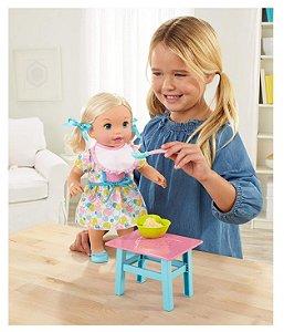 Boneca Little Mommy Hora de Comer e Lavar Mattel