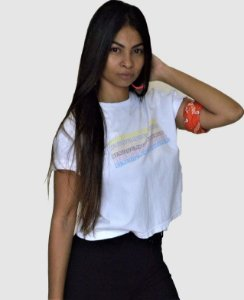T-SHIRT CROPED BRANCA ESCRITOS