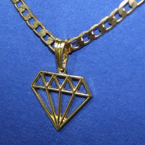 >NÃO FICA PRETO NUNCA> CORRENTE MASCULINA COM PINGENTE DIAMANTE DIAMOND FUNK