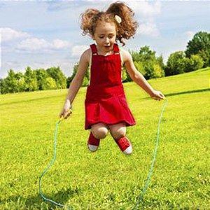 Pula Corda Brinquedo Raiz Diversão Garantida 1,80m para crianças e adultos