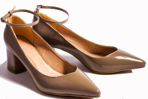 27bed3146f SÓ MAIS UM SHOES - SÓ MAIS UM SHOES - Sapatos e Bolsas Femininas