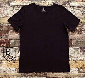 Camiseta básica lisa (sem estampas) - PRETA