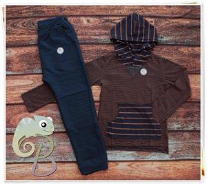 Conjunto Masculino Calça Moletom Azul Marinho + Camisa listrada com touca e Bolso Canguru