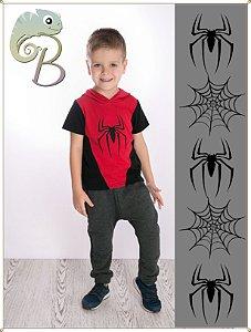 Camiseta Infantil Malha Vermelha com touca e detalhes e mangas em Preto + estampa Homem Aranha