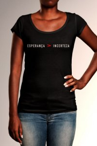 Camiseta Longtee Esperança Maior Que Incerteza