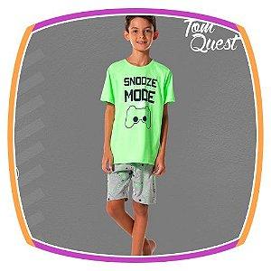 Pijama infantil verde neon estampa Controle e bermuda