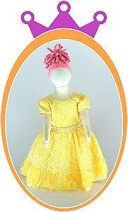 Vestido em Renda Amarelo com Perolas no Cinto