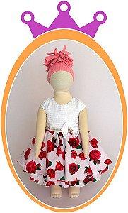 Vestido Corpo Branco em Nervura e Saia Estampada em Rosas Pink, Cinto com Pérola e Pedra