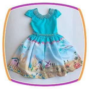 Vestido infantil Corpo Liso e Saia com Estampa de Fazenda e Moinho