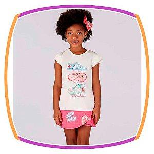 Conjunto infantil Blusa Estampa Sapatos e Shorts Saia