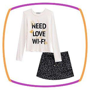 Conjunto infantil Blusa (NEED LOVE WIFI) e shorts saia