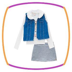 Conjunto infantil, blusa em ribana estampa urso, shorts saia em malha jacquard e colete jeans e pelo