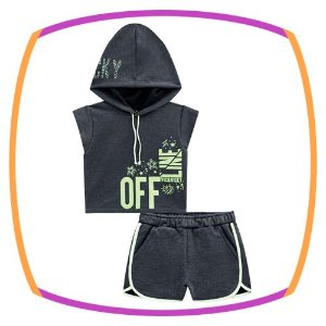 Conjunto infantil blusa boxy com gorro e shorts em moleton preto e neon