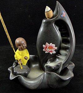 Incensário Monge na Flor De Lótus (16 cm) + 5 Incensos Cones