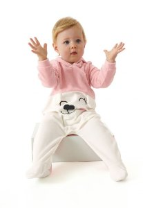 Macacão em Plush com Pé e Touca Rosa - Up Baby