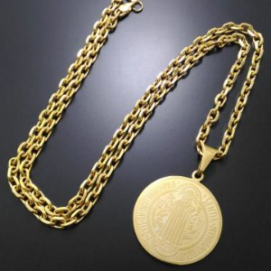 Corrente Cartier 70cm 5mm Banhada a Ouro 18K + Pingente Medalha de São Bento
