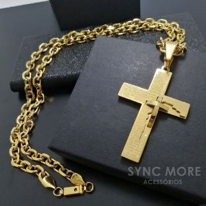 Corrente  Cadeado 70cm 7mm Banhada a Ouro 18K + Pingente Cruz Pai Nosso com Cruz