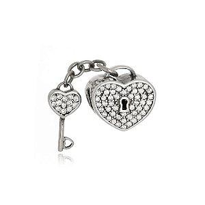 Berloque de Prata Coração Chave com Zircônias