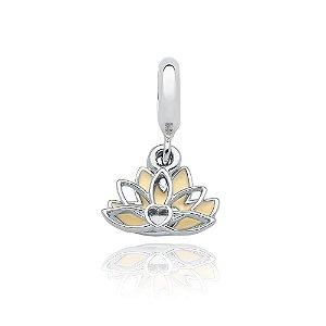 Berloque de Prata Flor de Lótus